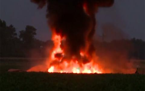 Sixteen reported dead in a military planecrash in Mississippi